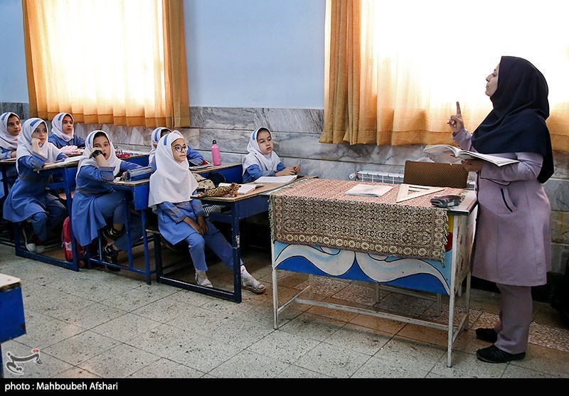 تمدید فرصت نقل و انتقال برون استانی/ نیاز شهر تهران به ورود معلم