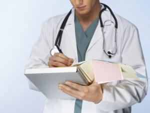 بازنگری ۷۰ درصد برنامههای آموزشی رشتههای علوم پزشکی