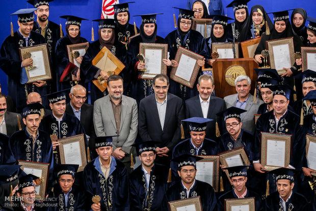 فرصت ثبت نام جشنواره دانشجوی نمونه تا ۳ آبان تمدید شد
