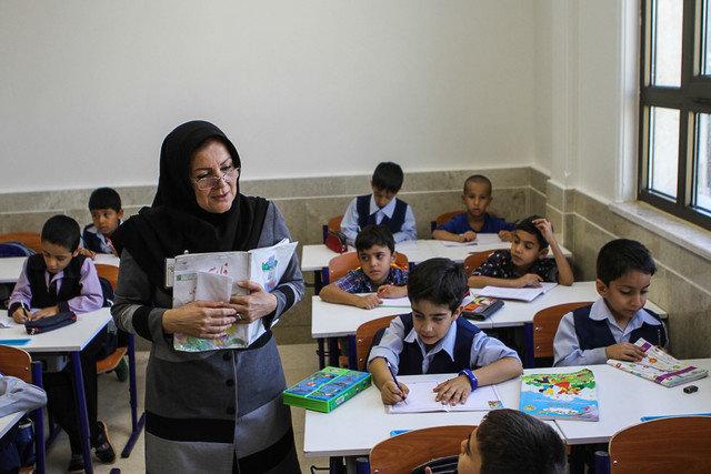 معوقه ۴۵ میلیارد تومانی معلمان خوزستان