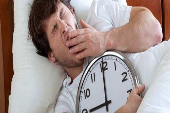 چرا هر شب در این ساعت بیدار میشوم؟