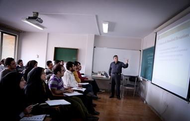 چند درصد دانشجویان دانشگاه علمی کاربردی شاغل هستند؟