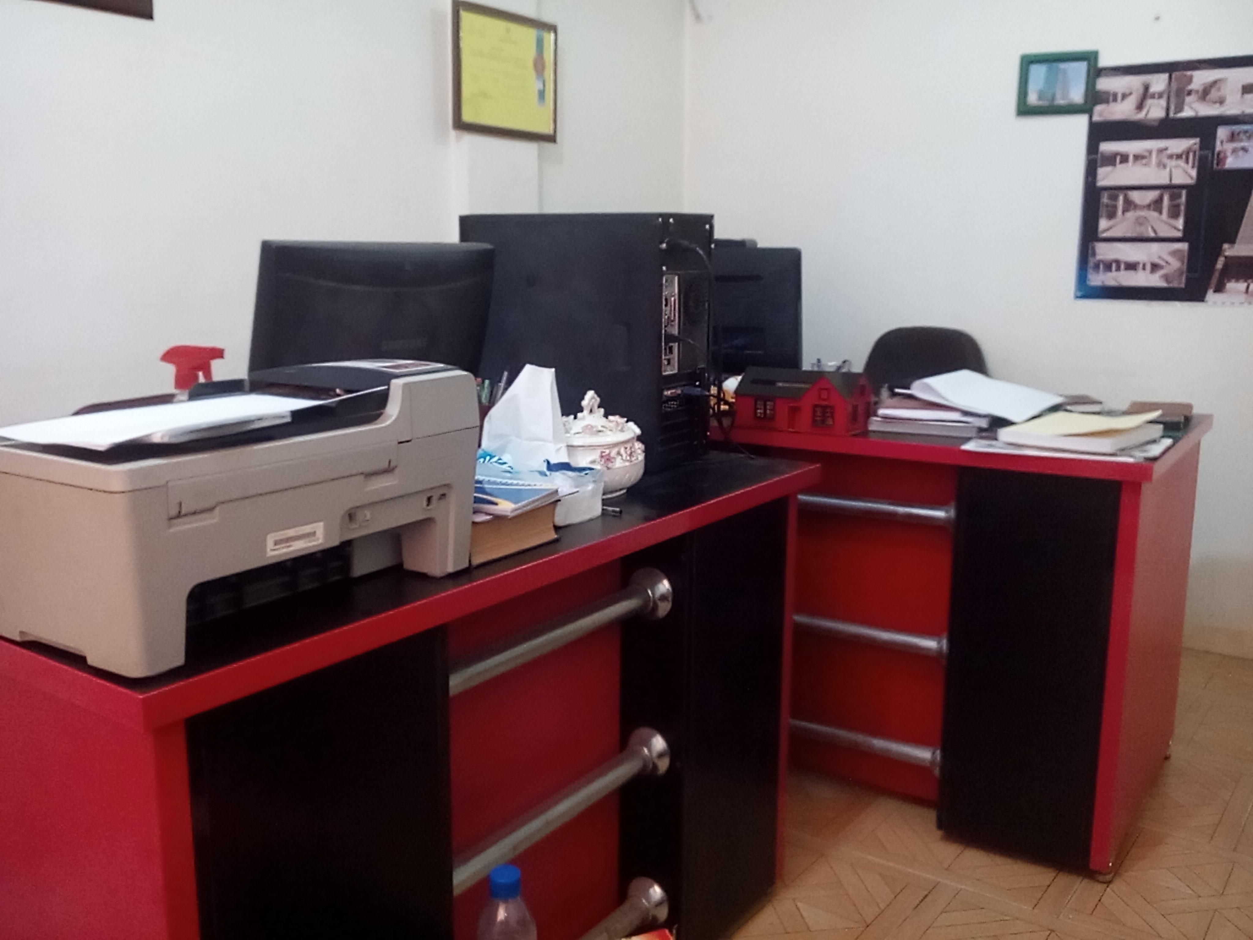 استخدام خانم جهت دفتر کار