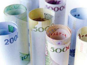 عیدی و حقوق بازنشستگان به زودی پرداخت میشود