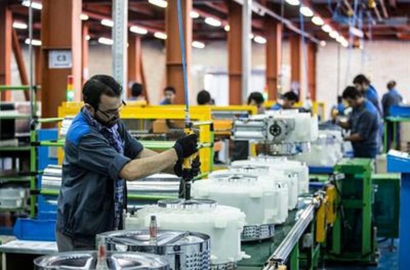 اجرای طرح ضربتی ایجاد 450 هزار شغل در بخش صنعت در سال 97
