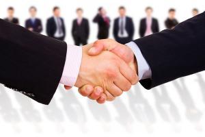 بررسی توقف استخدام رسمی در دولت